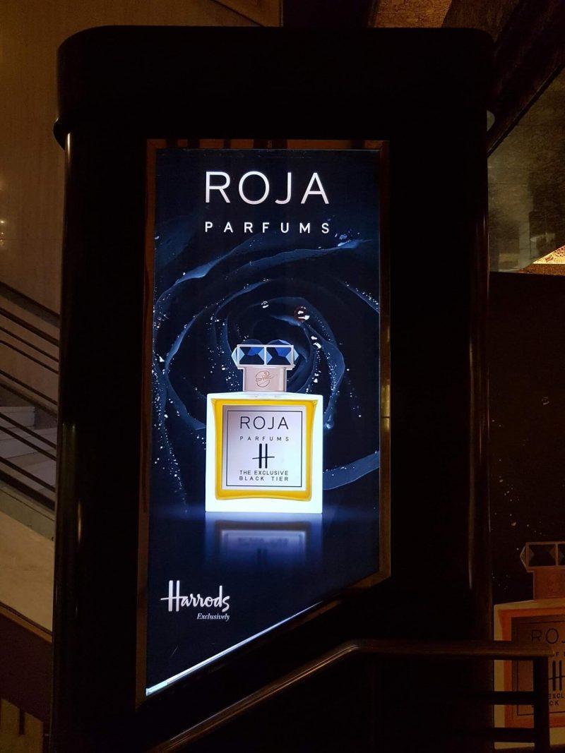 roja perfume stand close up